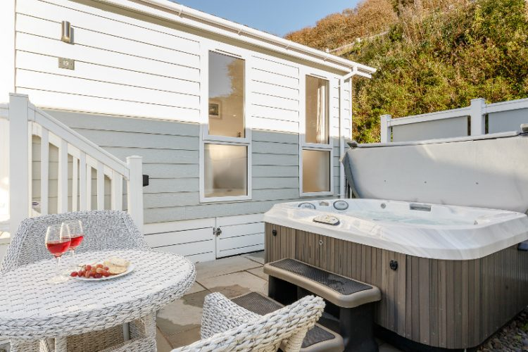 hot tub available at beach cove