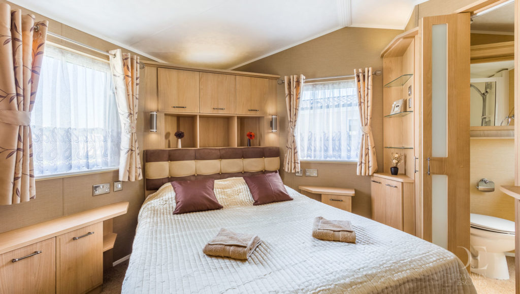 Interior shot of the master bedroom in the Willerby Vogue