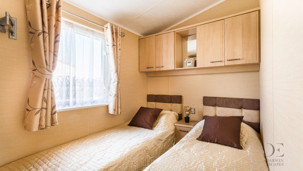 interior shot of the twin bedroom in the Willerby Vogue