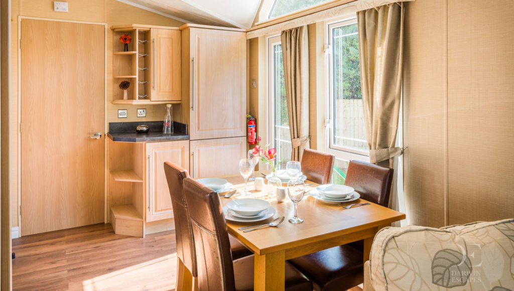 Interior shot of the dining area in the Willerby Vogue