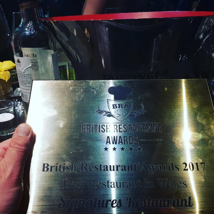 Photo of the Best restaurant awards award that Jimmy shared on social media