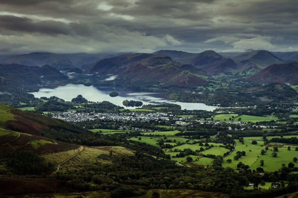 Photo of keswick from a distance in the Lake district