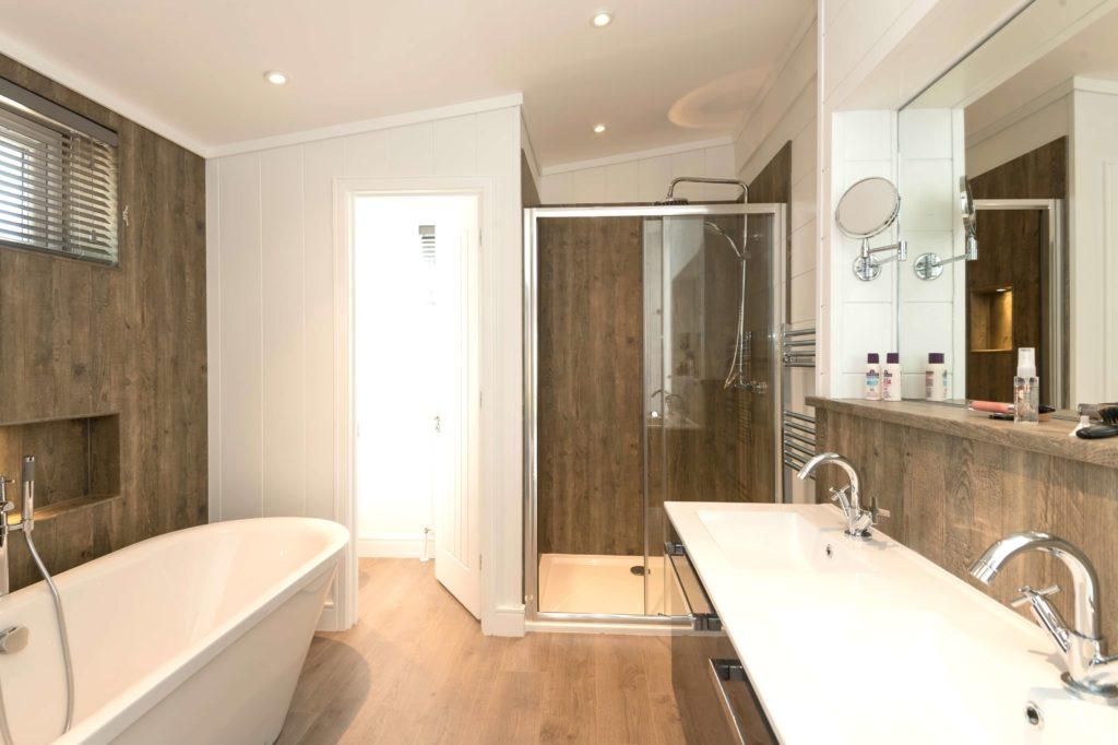 Interior shot of a Norfolk Woods lodge bathroom