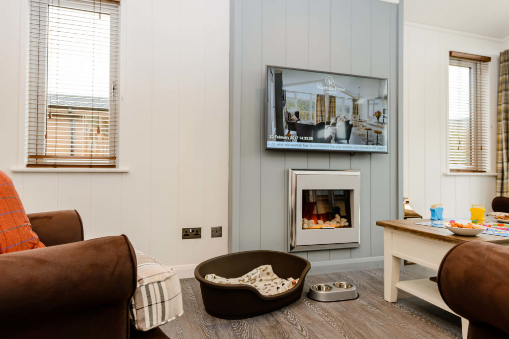 Lounge in a lodge at Wareham Forest