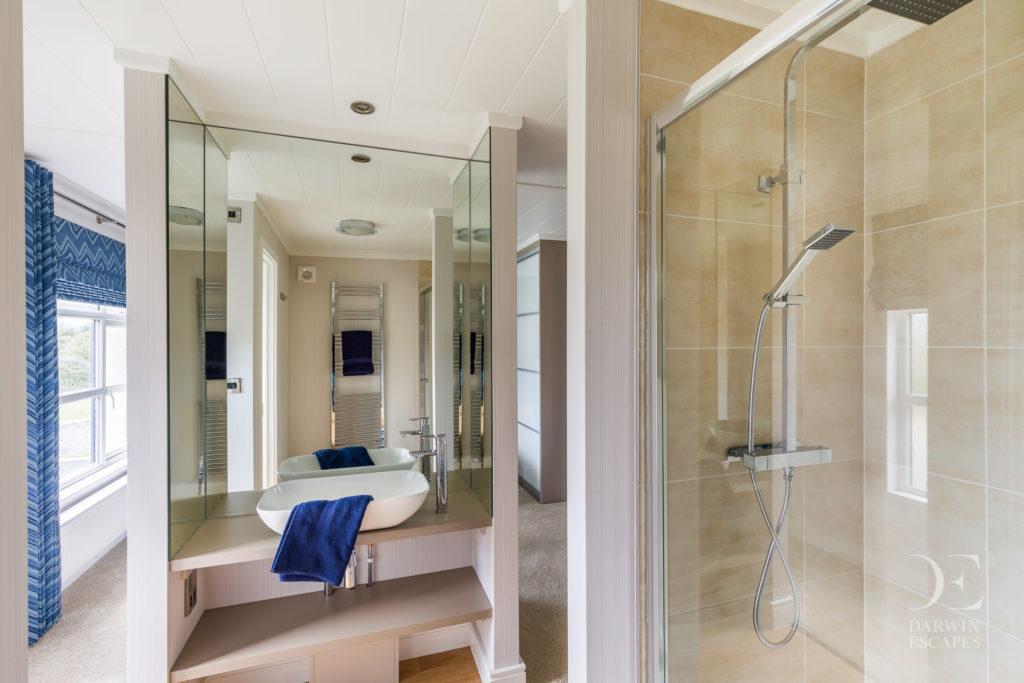 Interior shot of a bathroom in the Bowmoor Lodge